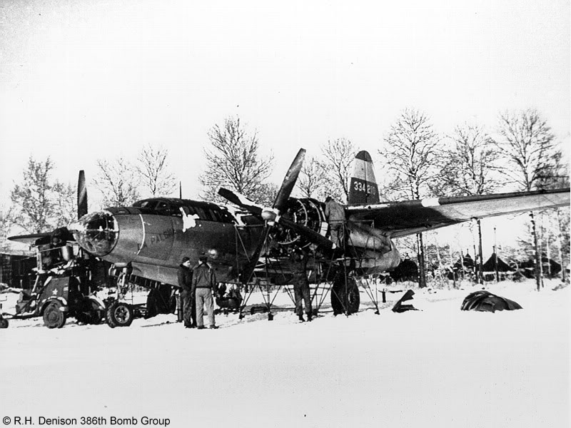 Actual WWII aircraft pictures - ALLIES Maintenancewasroughinthewinterof194