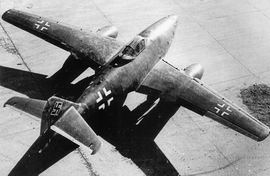 Actual WWII aircraft pictures - AXIS Me262pre-deliveryshot