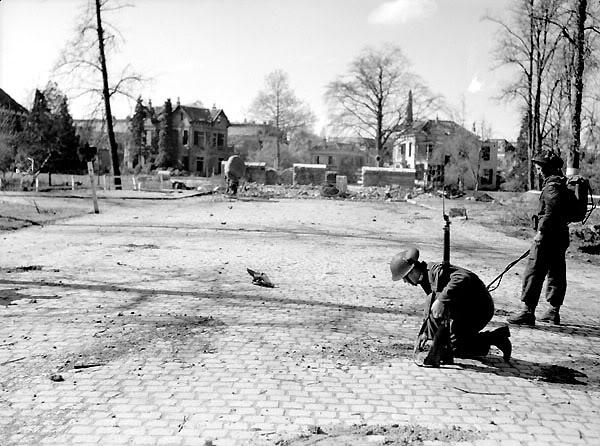 The liberation of The Netherlands MembersofNorthShoreRegimentNSrhunti