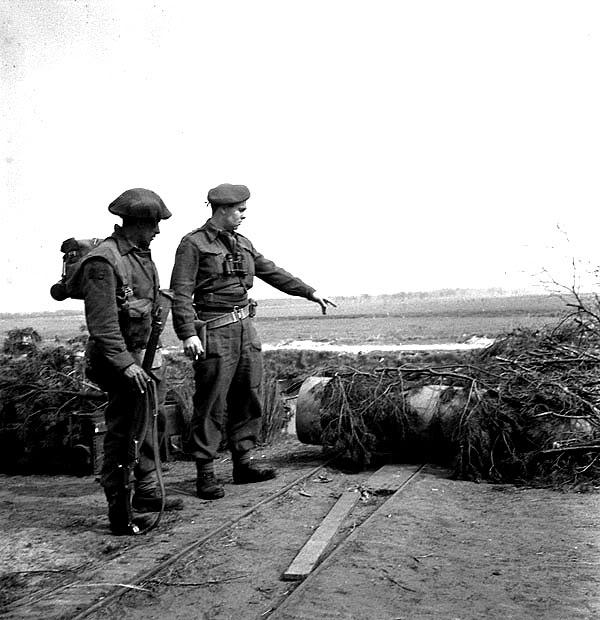 The liberation of The Netherlands PersonneloftheRoyalHamiltonLightInf