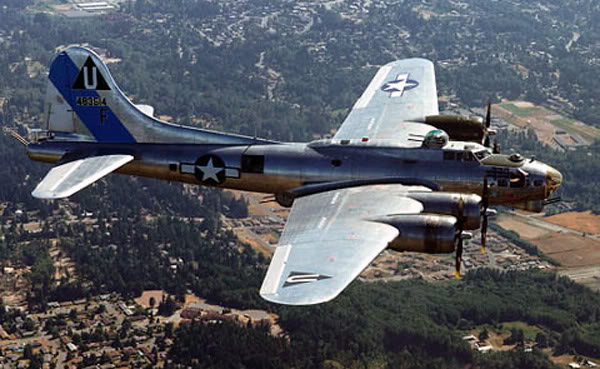 Actual WWII aircraft pictures - ALLIES B-17_color_600