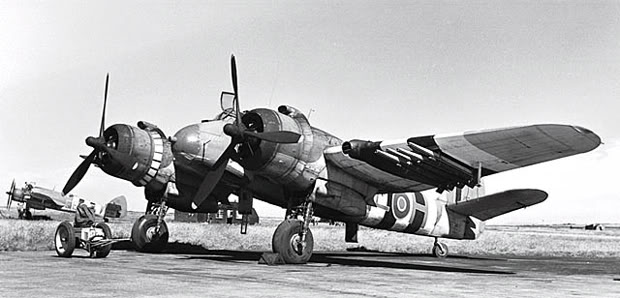 Actual WWII aircraft pictures - ALLIES Beaufighter_gr_full_cut