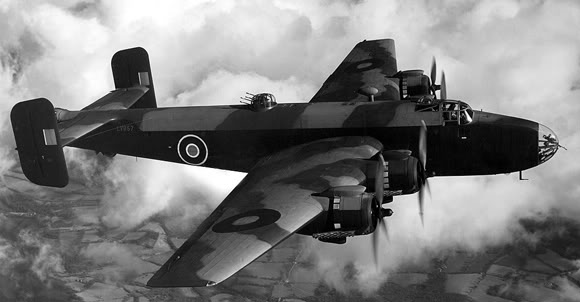 Actual WWII aircraft pictures - ALLIES Halifax_infl_crop