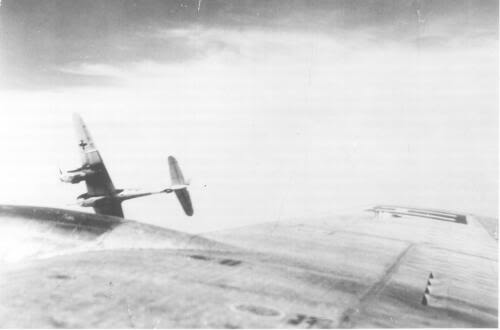 Actual WWII aircraft pictures - AXIS Ju88attack