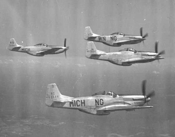 Actual WWII aircraft pictures - ALLIES P-51-mustang-2