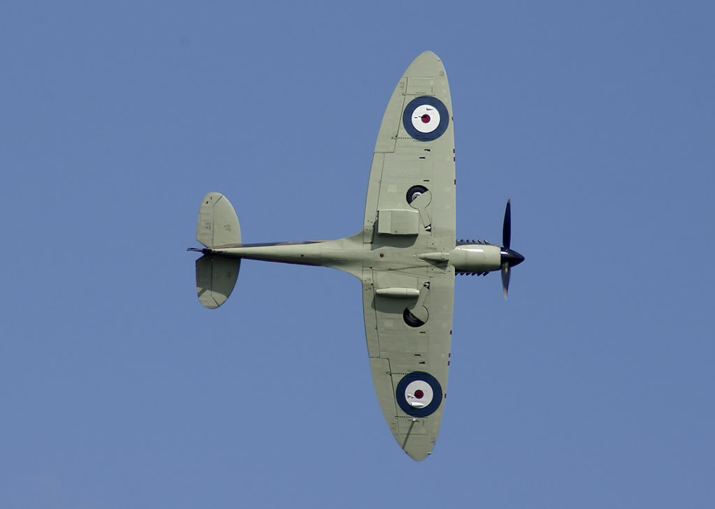 Actual WWII aircraft pictures - ALLIES Spitfire