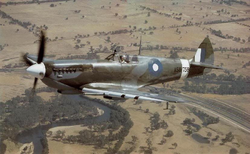 Actual WWII aircraft pictures - ALLIES Spitfire_2