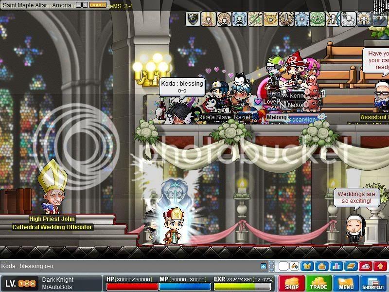 ---Hosting Weddings--- Maple0012-2