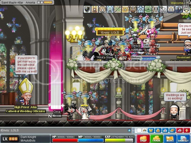 ---Hosting Weddings--- Maple0013-2