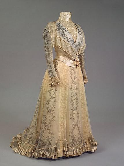 Vestido oficial de los Romanovs - Página 5 AlexdressII