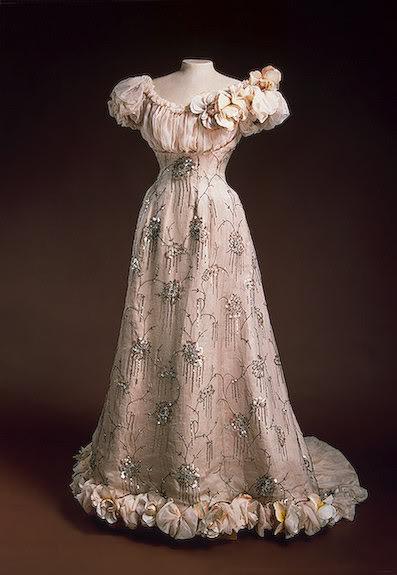 Vestido oficial de los Romanovs - Página 5 BalldressforAlexandra