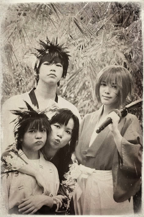 Cosplay de series, juegos, etc Portrait_of_Kenshin__s_Family_by_be