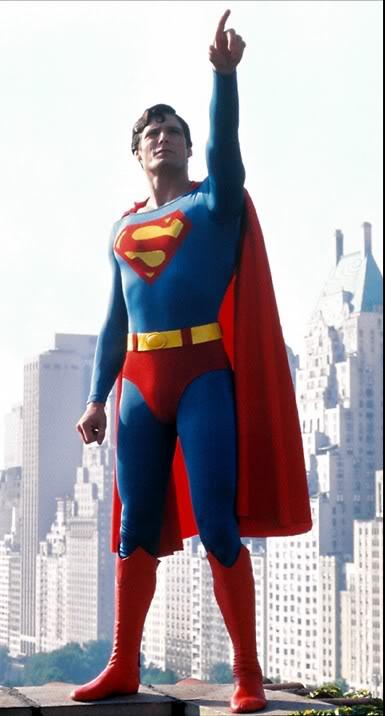 ¿Quien deberia ser el proximo villano de Superman en el cine? - Página 2 Skyline_pointsi