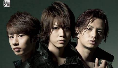 KAT-TUN: Noticias Dream-Boys-2011-1