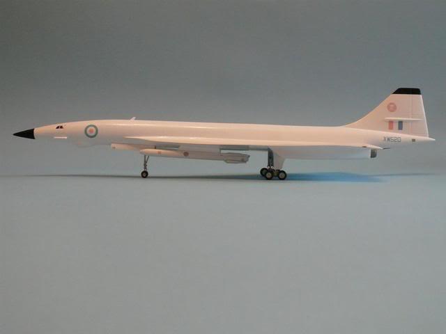 Ouvre-boîte Convair B-58 Hustler [Italeri 1/72] P1030288Large