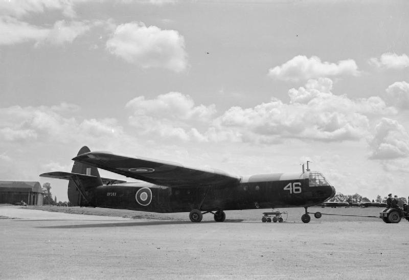 Airspeed AS.51 Horsa (terminé) Aircraft_of_the_Royal_Air_Force_1939-1945-_Airspeed_As.51_Horsa._CH10356