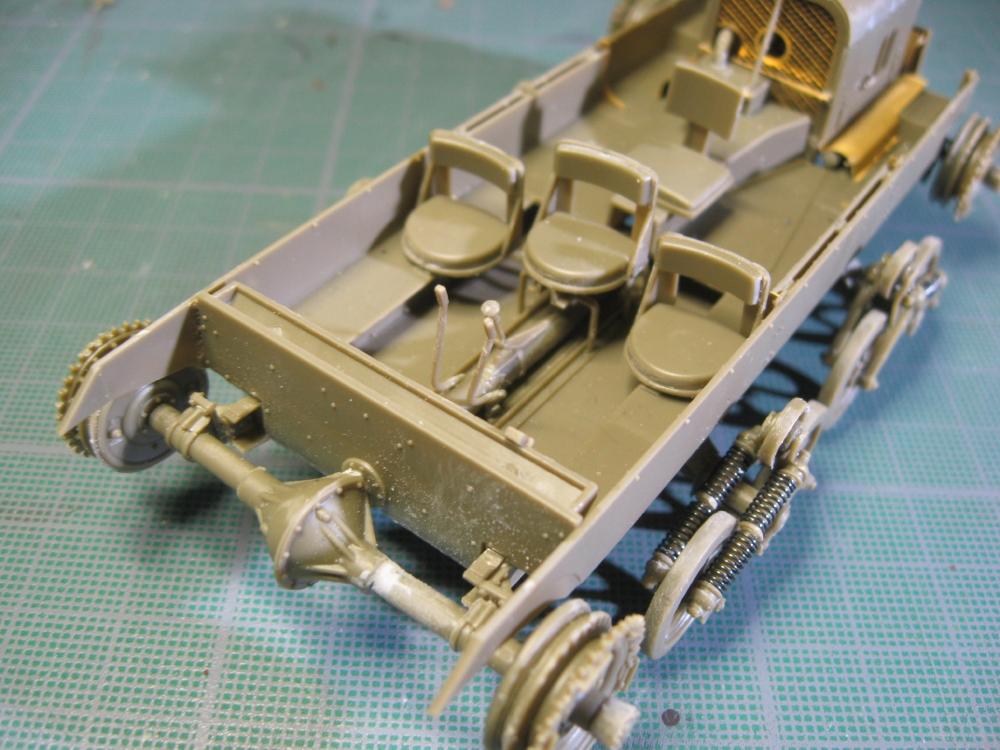 Chenillettes Loyd Carrier de chez Bronco contre Universal Carrier de chez Riich IMG_4838_5