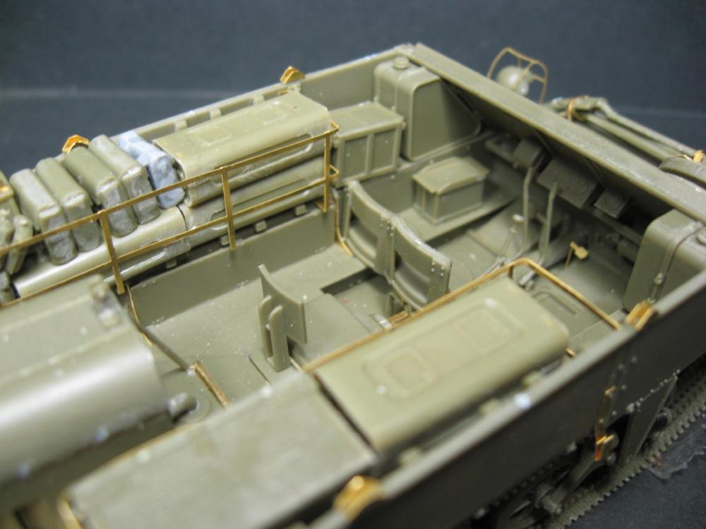 Chenillettes Loyd Carrier de chez Bronco contre Universal Carrier de chez Riich IMG_4847_5