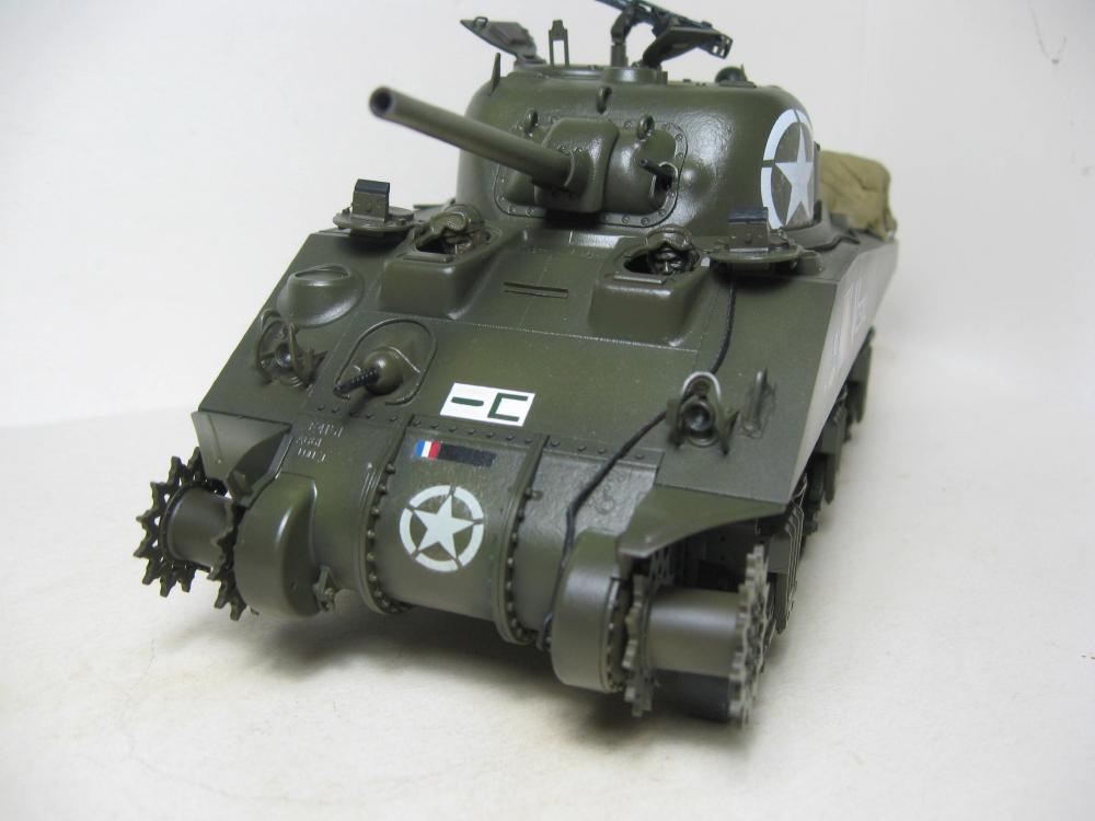 Sherman M4A2 et M4A4 français IMG_5376_2