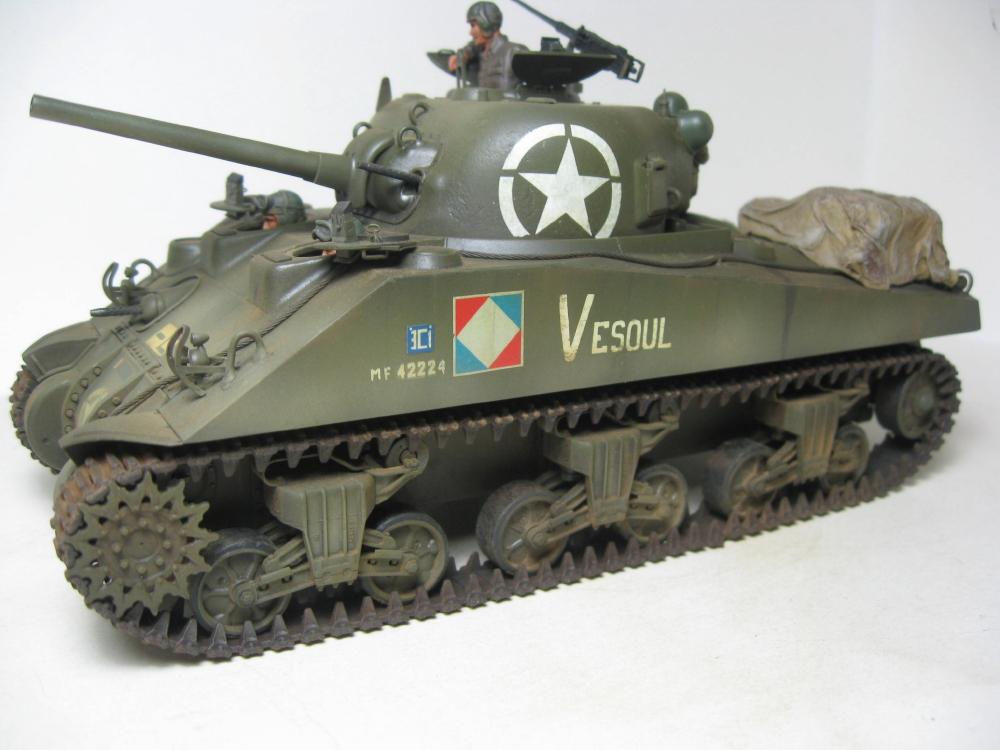 Sherman M4A2 et M4A4 français IMG_5383_1