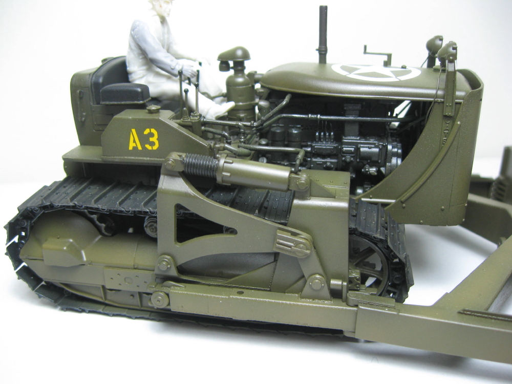 Bulldozer Caterpillar D7 avec lame hydraulique (terminé le 08/10/15) IMG_5409_2