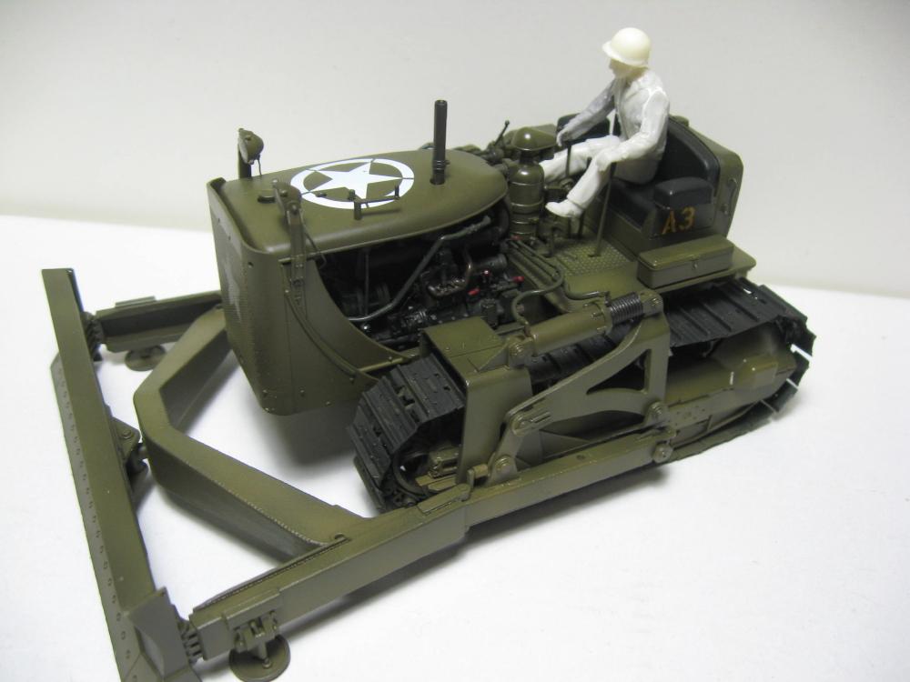 Bulldozer Caterpillar D7 avec lame hydraulique (terminé le 08/10/15) IMG_5411_4