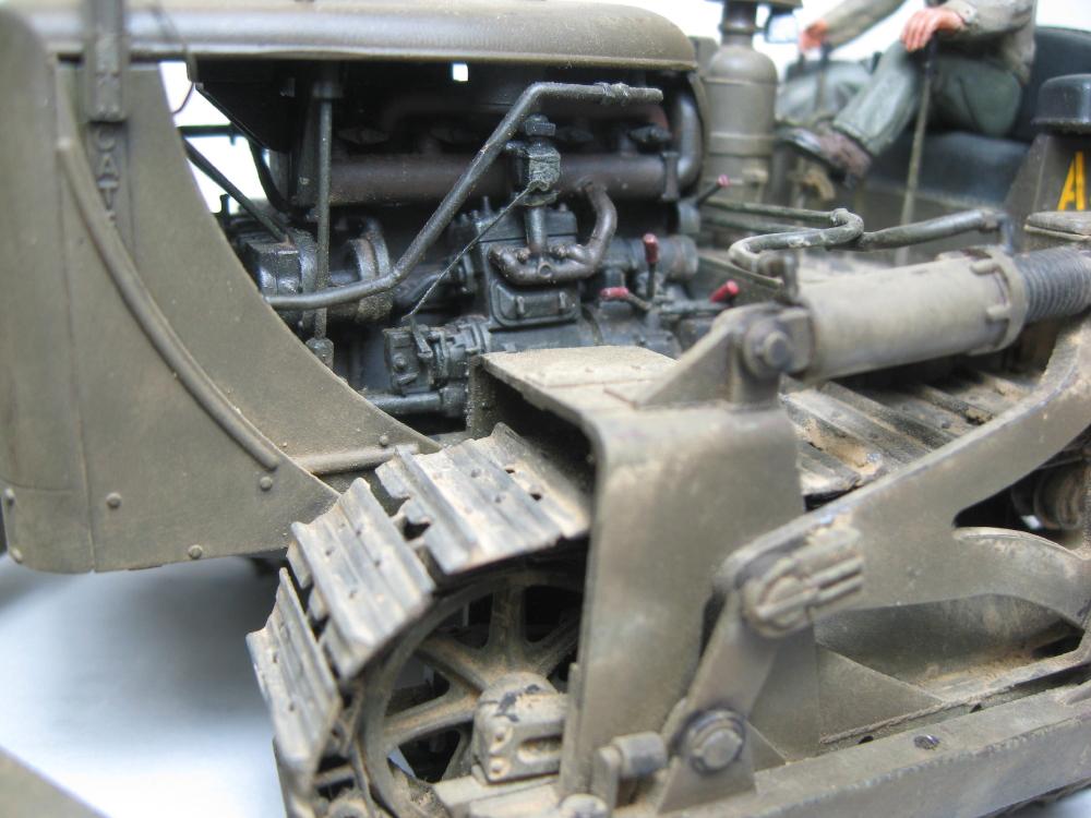 Bulldozer Caterpillar D7 avec lame hydraulique (terminé le 08/10/15) IMG_5415_3