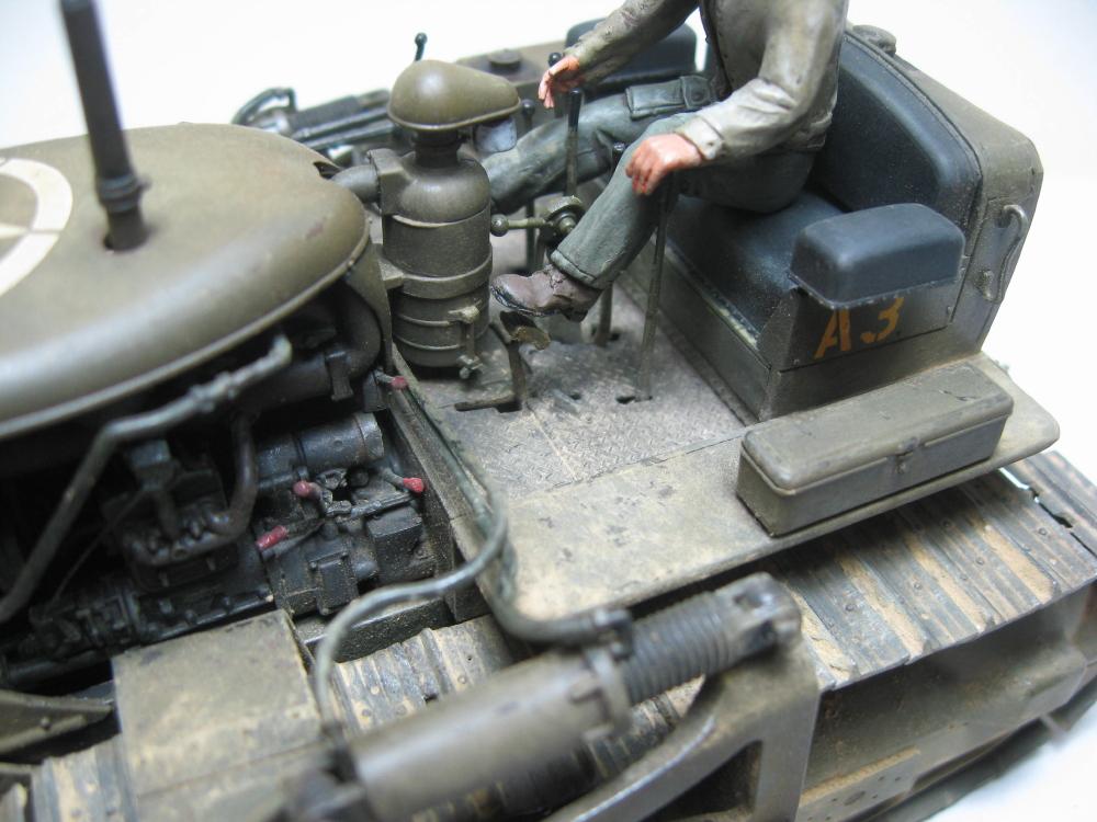 Bulldozer Caterpillar D7 avec lame hydraulique (terminé le 08/10/15) IMG_5417_5