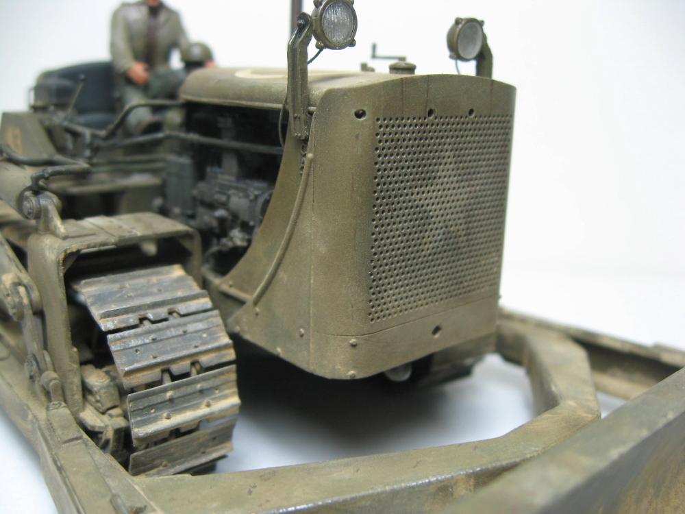 Bulldozer Caterpillar D7 avec lame hydraulique (terminé le 08/10/15) IMG_5419_7