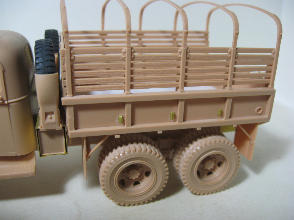 GMC 352 Hobby Boss et M1A1 105mm AFv Club IMG_5585_2