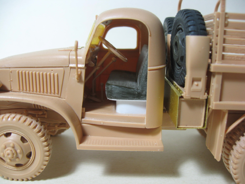 GMC 352 Hobby Boss et M1A1 105mm AFv Club IMG_5586_3