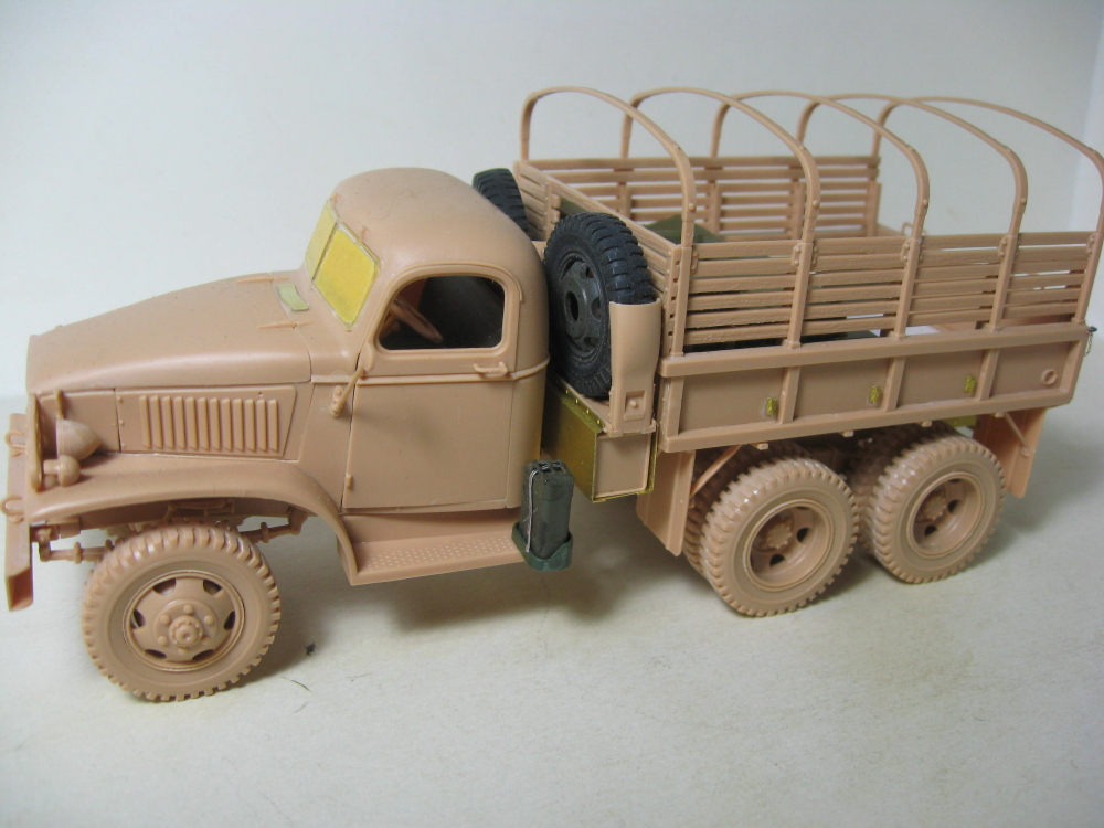 GMC 352 Hobby Boss et M1A1 105mm AFv Club IMG_5590_1