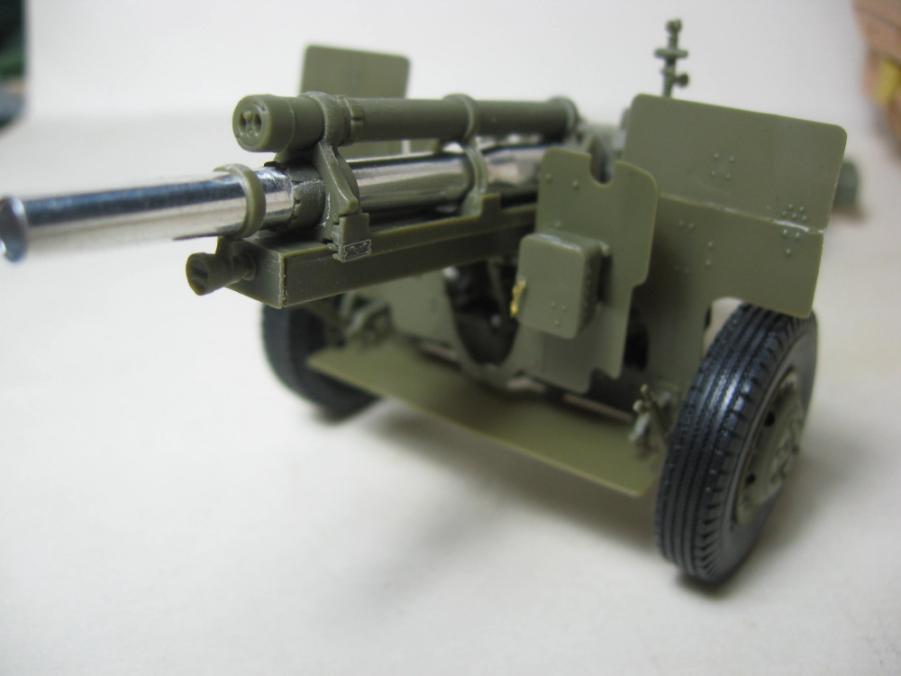 GMC 352 Hobby Boss et M1A1 105mm AFv Club IMG_5597_8
