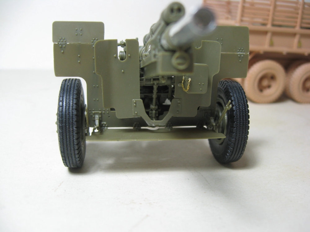GMC 352 Hobby Boss et M1A1 105mm AFv Club IMG_5598_9