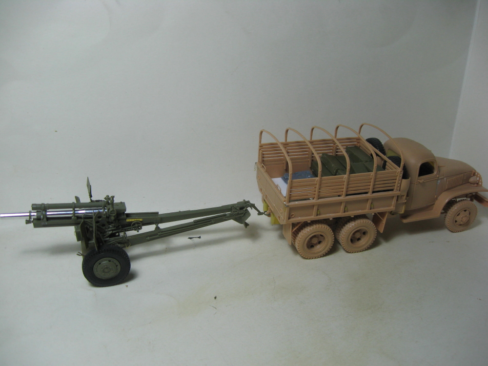 GMC 352 Hobby Boss et M1A1 105mm AFv Club IMG_5600_11