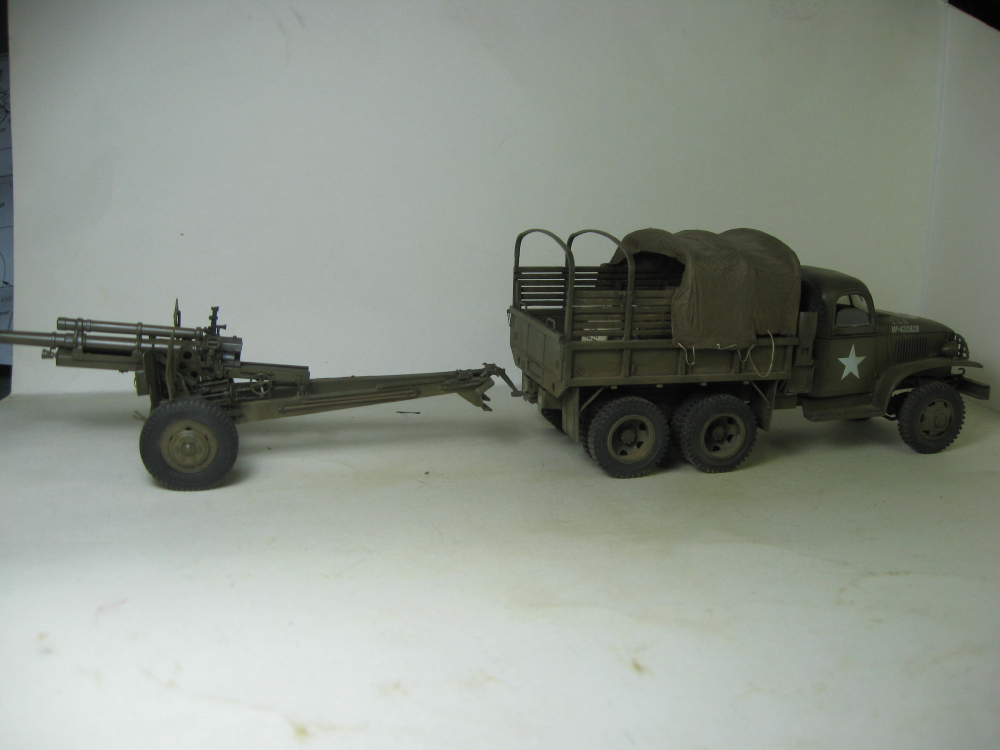 GMC 352 Hobby Boss et M1A1 105mm AFv Club IMG_5611_2