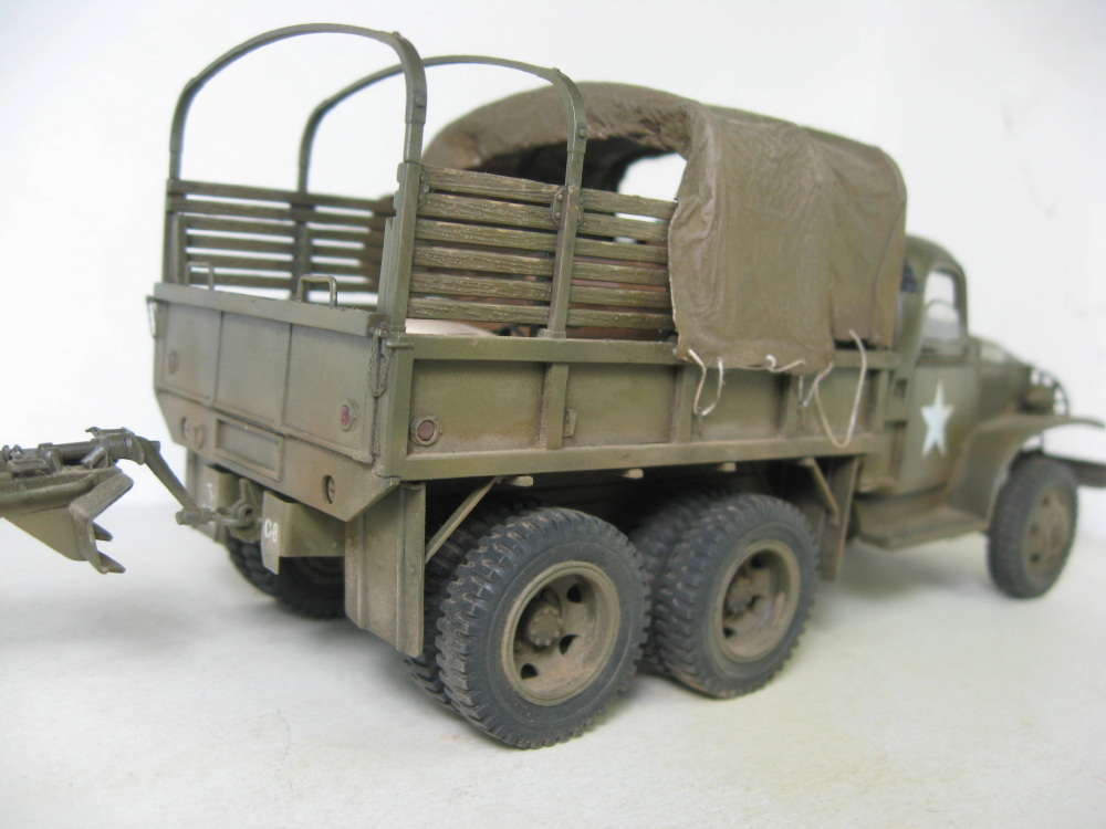 GMC 352 Hobby Boss et M1A1 105mm AFv Club IMG_5613_4