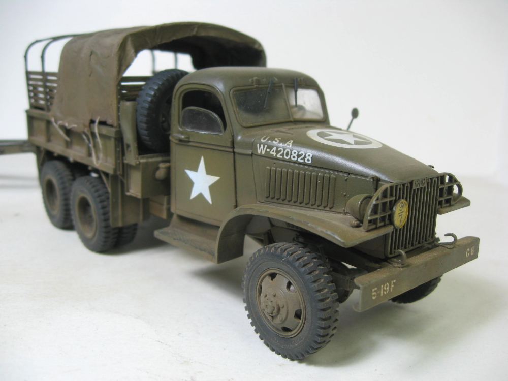 GMC 352 Hobby Boss et M1A1 105mm AFv Club IMG_5614_5