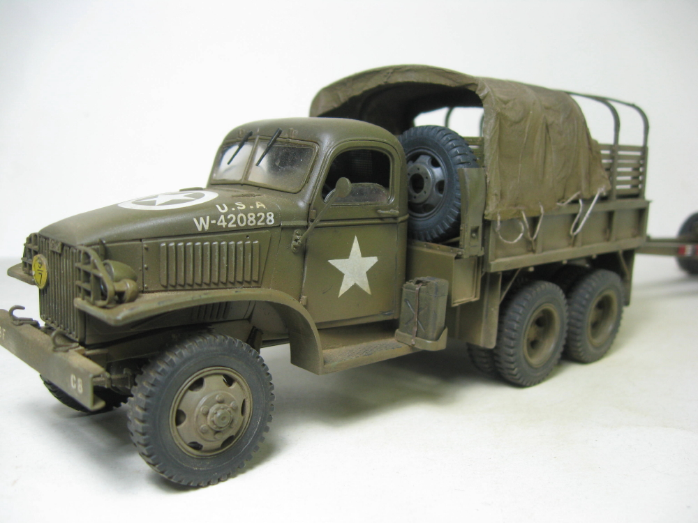 GMC 352 Hobby Boss et M1A1 105mm AFv Club IMG_5615_6