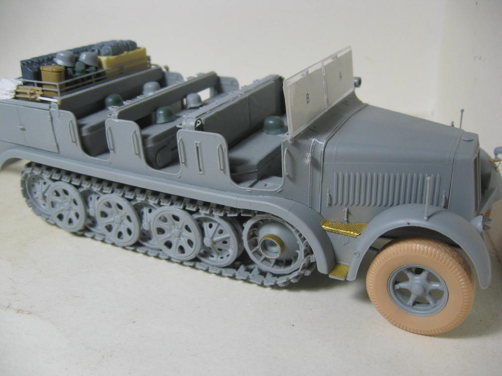Sdkfz.7 et SF.H 18 105mm IMG_5636_1