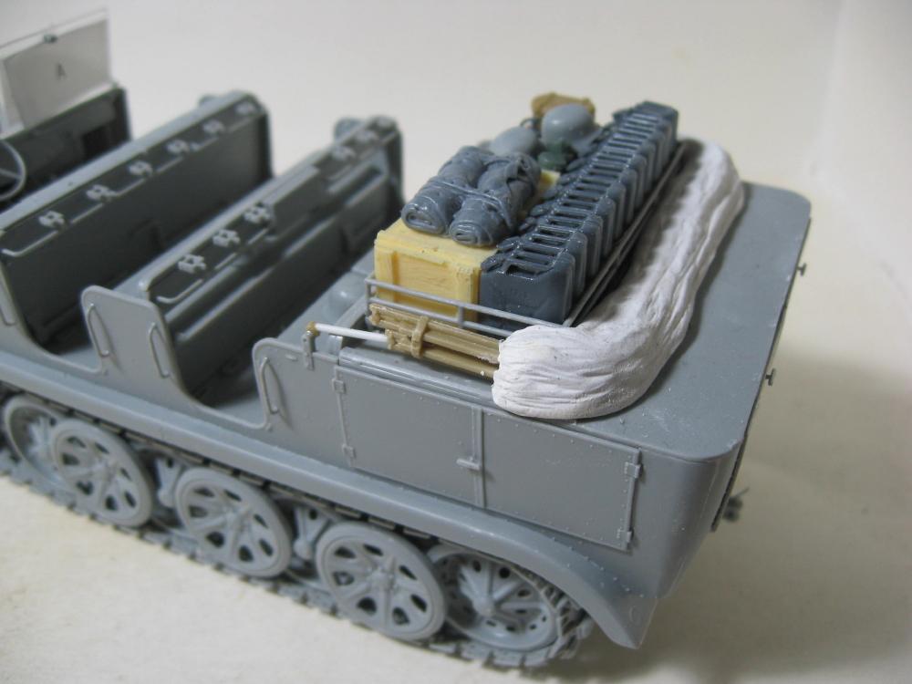 Sdkfz.7 et SF.H 18 105mm IMG_5638_3