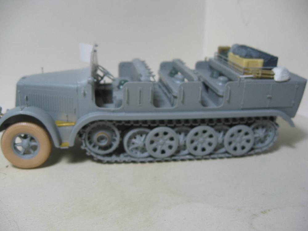 Sdkfz.7 et SF.H 18 105mm IMG_5639_4