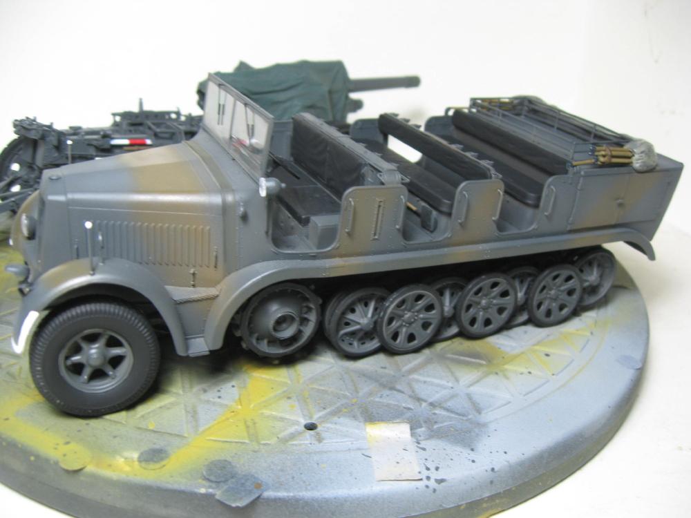 Sdkfz.7 et SF.H 18 105mm IMG_5646_1