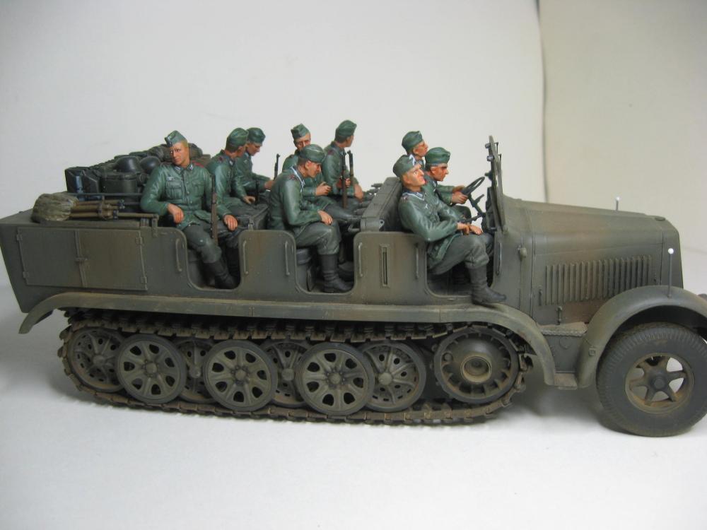 Sdkfz.7 et SF.H 18 105mm IMG_5653_2