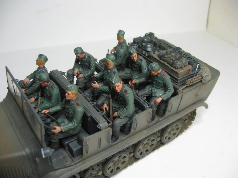 Sdkfz.7 et SF.H 18 105mm IMG_5657_6