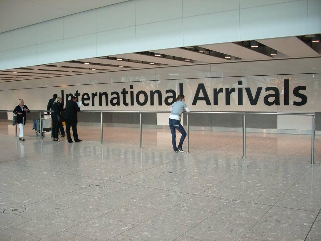 Zona de llegadas Arrivals1