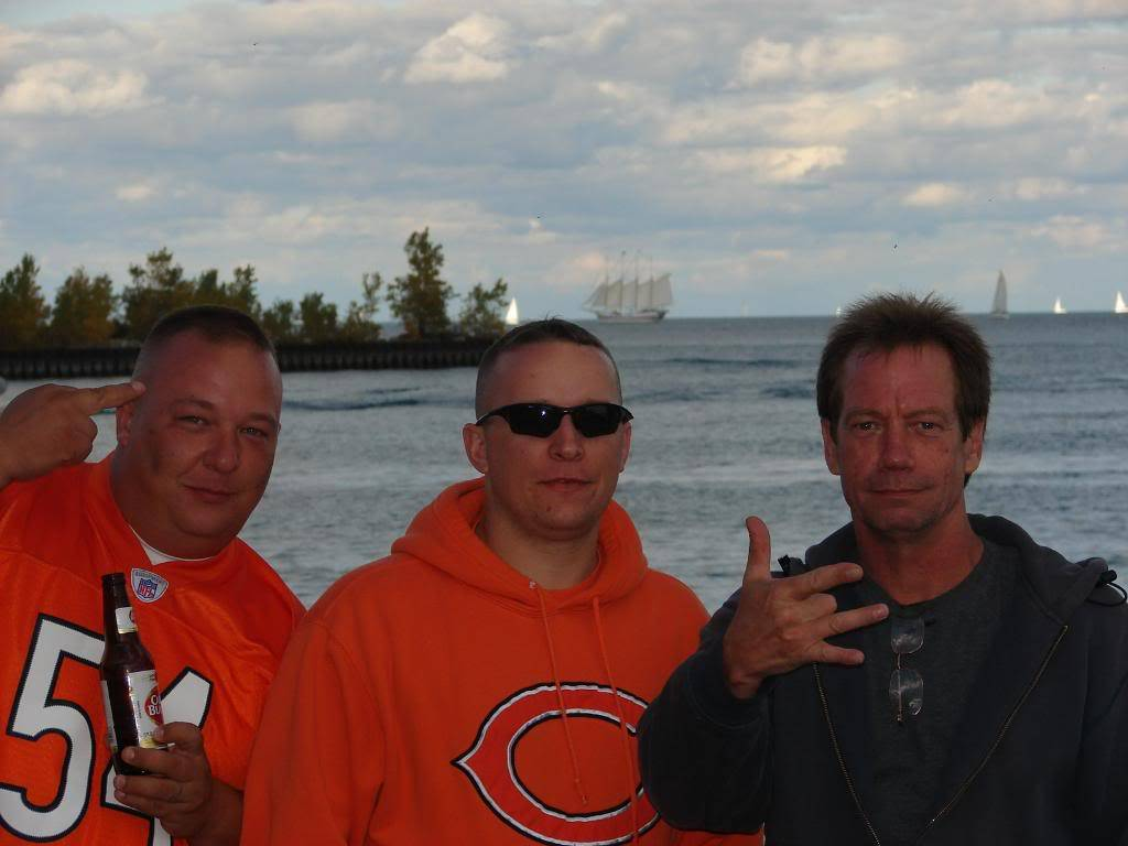 Pics from the BEARS game........ pic heavy! DSC03176