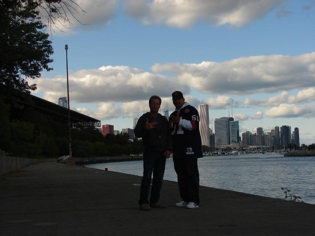 Pics from the BEARS game........ pic heavy! DSC03180