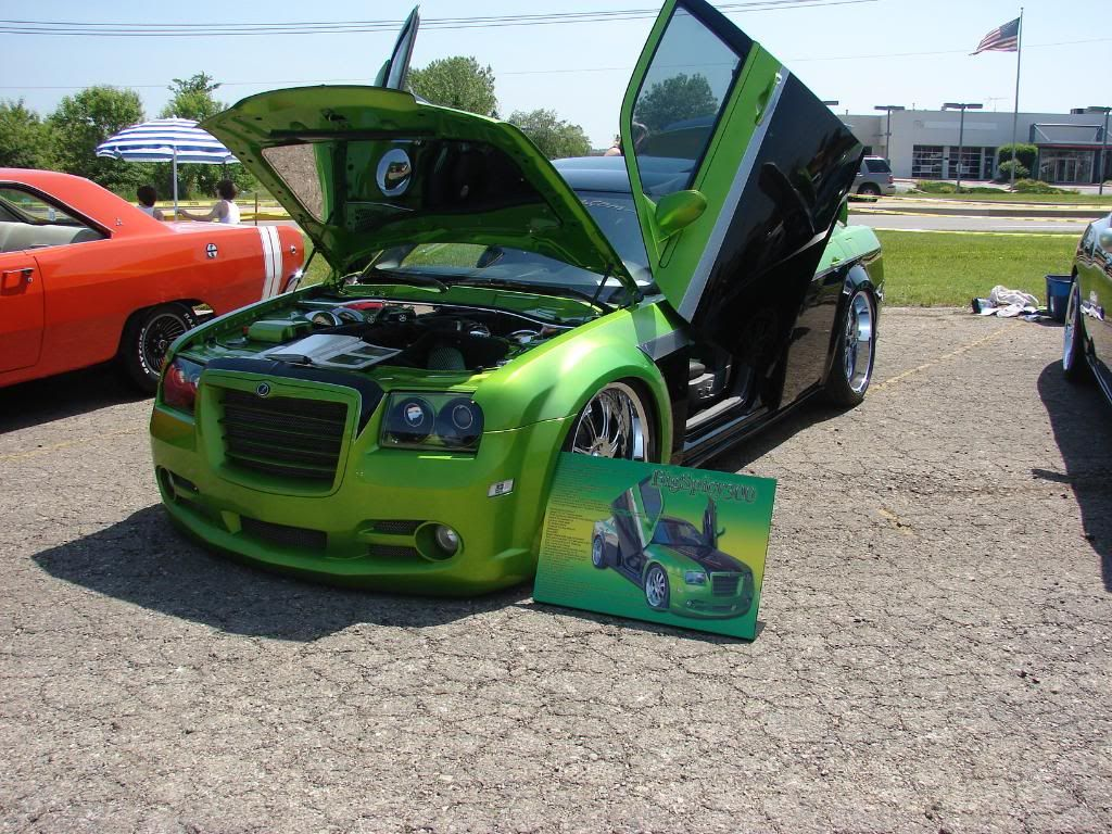Tropical Jam Car Show Pics From 5/23 DSC04015