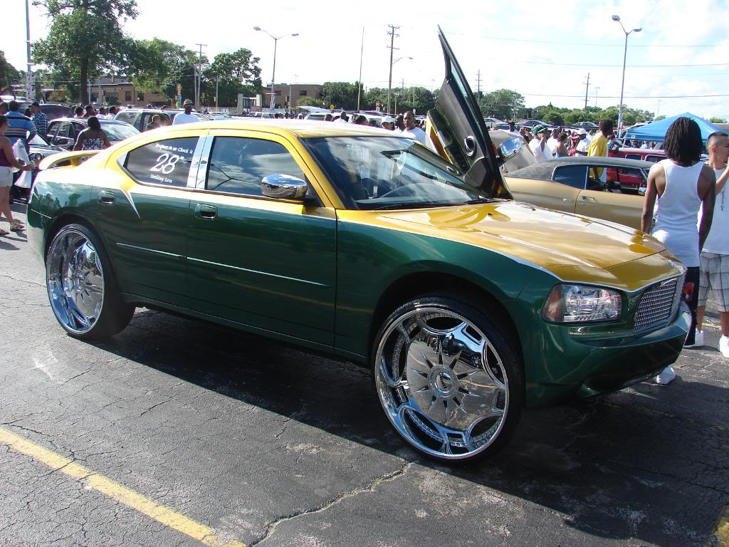 Pics from the WGCI car show today DSC04218